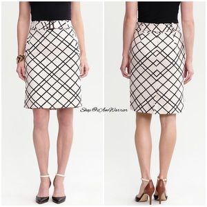 Banana Republic textured windowpane pencil skirt